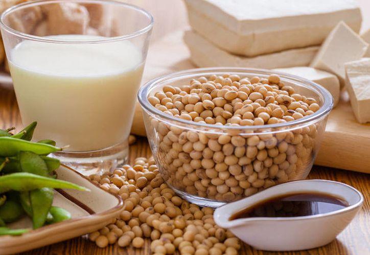 La soja reduce el colesterol, los triglicéridos y el colesterol malo. (Internet)