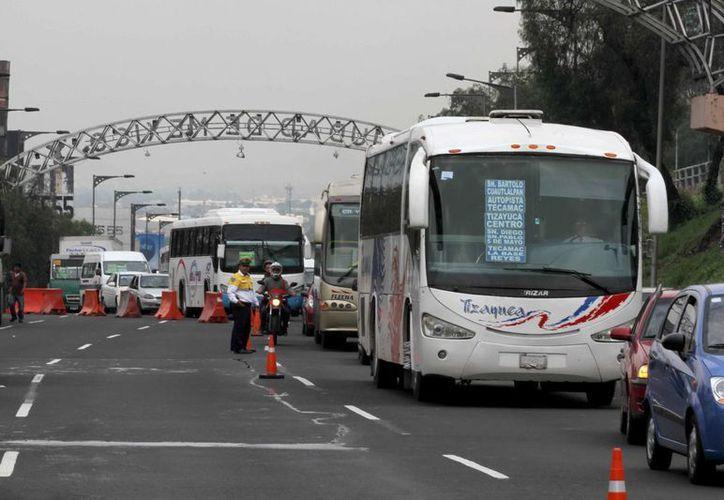 Los operadores de transporte público serán sometidos a pruebas de detección de alcohol. (Archivo/Notimex)