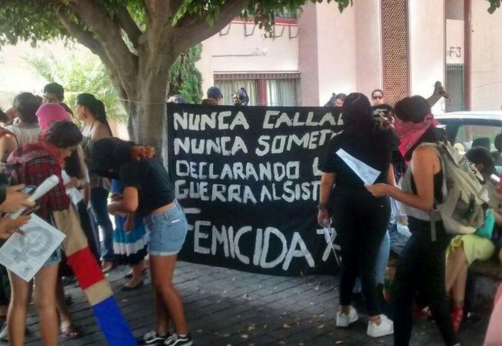 Alumnas dejaron de acudir a sus clases por los constantes acosos del docente de sexología. (Vanguardia.mx)