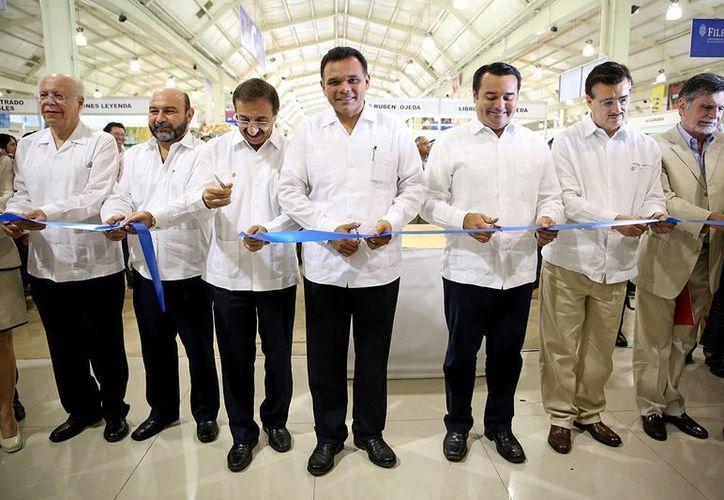 Ceremonia de inauguración de la Feria Internacional de la Lectura Yucatán 2014 en el Centro de Convenciones del Siglo XXI. (Milenio Novedades)