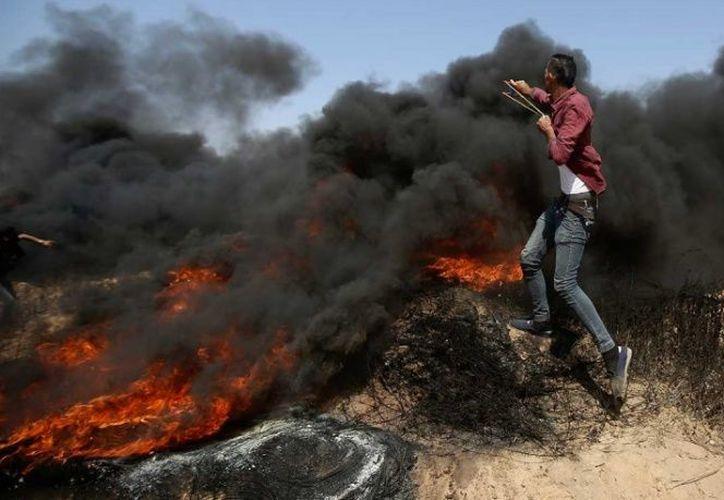 Las tácticas letales de Israel para enfrentar las protestas semanales del viernes han provocado la condena internacional. (AP)