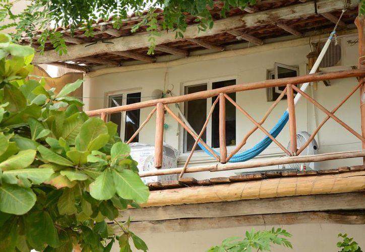 Hacen inventario de las casas de huéspedes irregulares. (Victoria González/SIPSE)