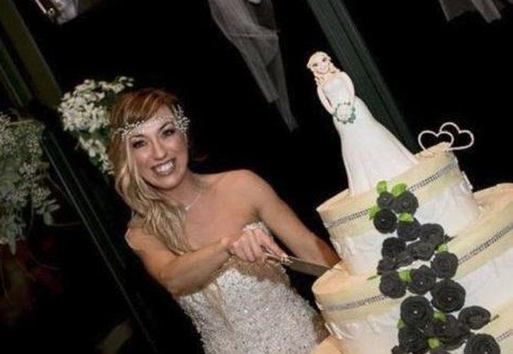 Mesi es la primera mujer italiana en casarse consigo misma, pero no la primera persona italiana. (Vanguardia/Especial)
