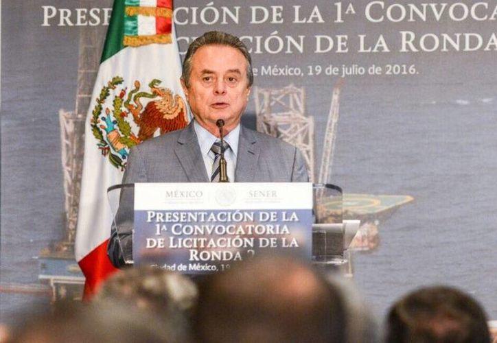 Imagen del secretario de Energía (Sener), Pedro Joaquín Coldwell, durante la presentación de la primera licitación de la Ronda Dos. (@SENER_mx)