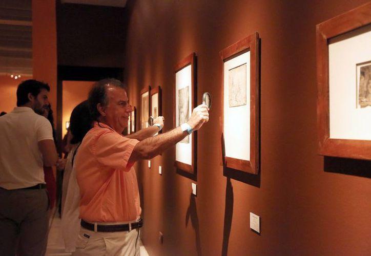 La noche de la inauguración la exposición tuvo 2 mil 100 visitantes. (Milenio Novedades)