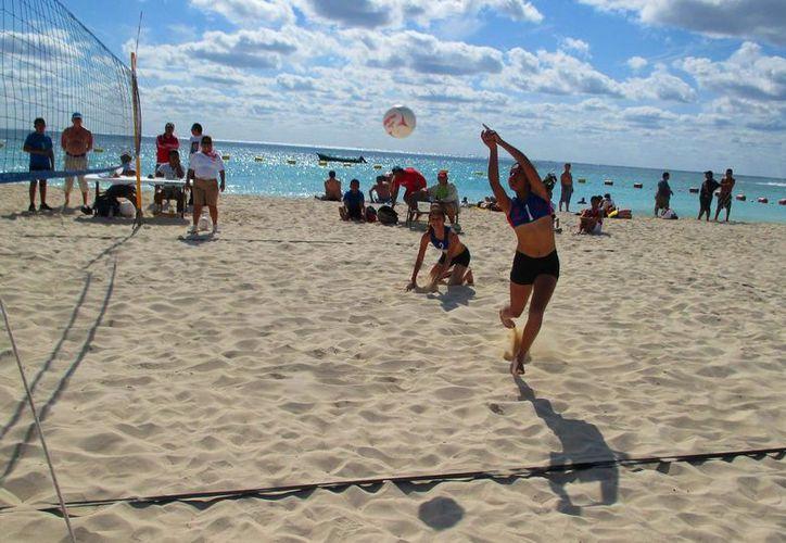 Las actividades arrancarán a partir de las 9:00 de la mañana, teniendo como sede las playas ubicadas frente al Portal Maya.  Foto: (Daniel Pacheco/SIPSE)