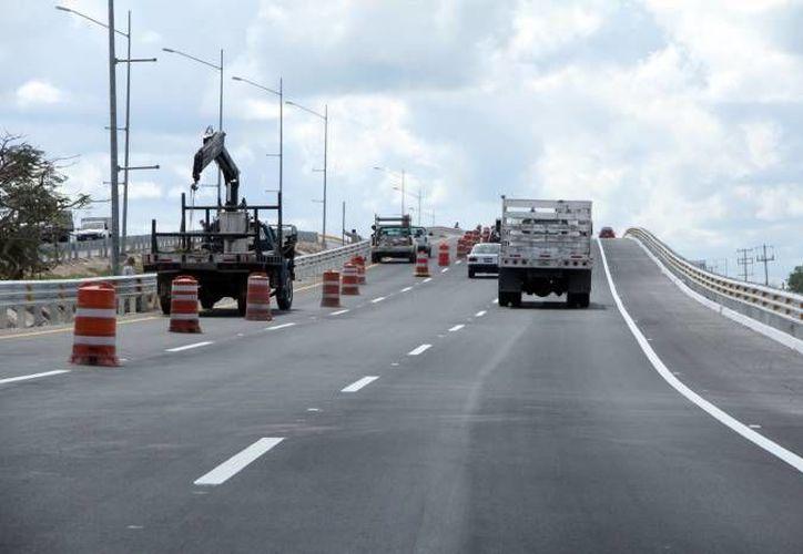 Se espera que el distribuidor vial de la vía Mérida-Progreso entre en operación en junio de este año.  (SIPSE)