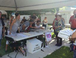 Larga espera de votantes por retraso de casillas