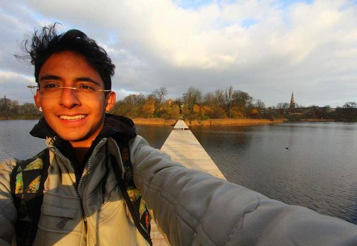 El joven Adán Cortés planeó un viaje por varias ciudades de Europa. Hoy irrumpió en la ceremonia de entrega del Premio Nobel de la Paz en Oslo, Noruega. (Tomada del Facebook: Adán Cortés)
