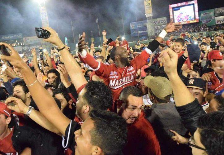 Venados de Mazatlán anunciaron el roster con el que contarán para enfrentar la Serie del Caribe en febrero. (albat.com)