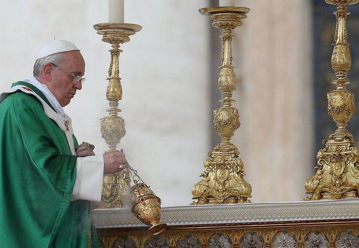 """""""Cuando Dios viene y se acerca -afirmó Francisco- siempre hay fiesta"""". (EFE)"""