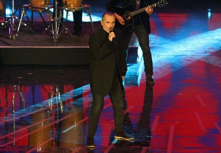 Miguel Bosé realizará una gira musical por diferentes ciudades de México, iniciando el 25 de febrero en la Ciudad de Mérida, Yucatán.(Notimex)