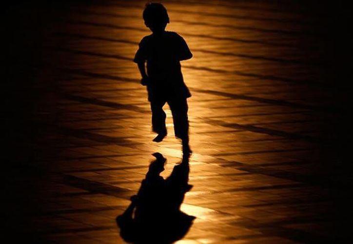 Entre las denuncia que investiga la policía se encuentra la de un niño de dos años acusado de  lesiones corporales graves. (Archivo/Reuters)
