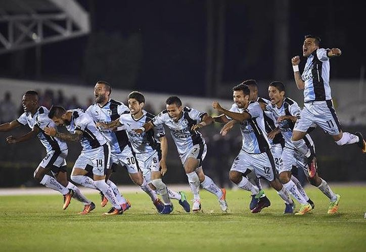 Gallos Blancos de Querétaro es el primer finalista de la Copa MX 2016: pasó sobre Diablos Rojos de Toluca, en partido que se definió en tandas de penaltis. (excelsior.com.mx)