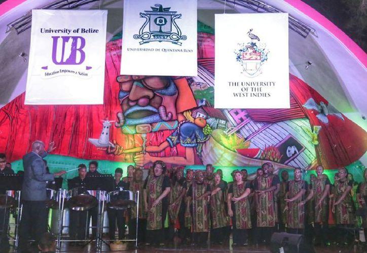 La presentación fue en la Concha acústica del Faro, en el Bulevar Bahía. (Joel Zamora/SIPSE)