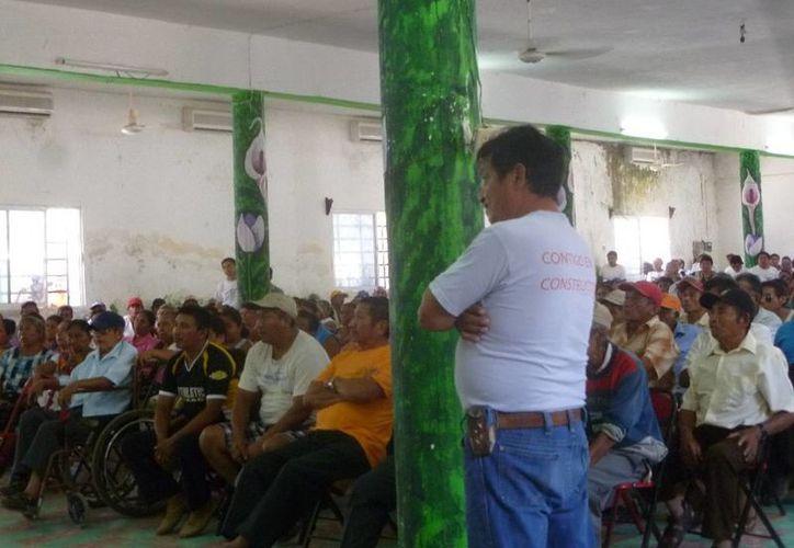 Fue anulado el punto número ocho de la asamblea de ejidatarios con fecha 14 de diciembre  del 2014. (Raúl Balam/SIPSE)