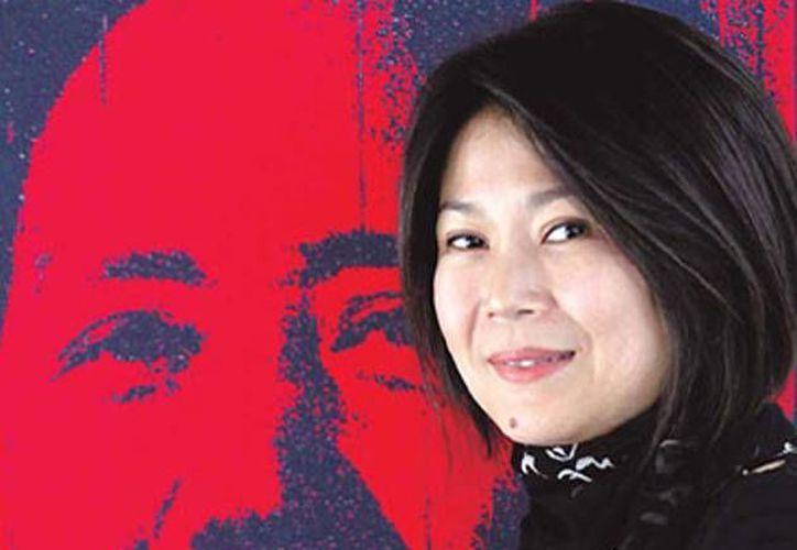 Kong es hija de Li Min, cuyos padres eran Mao Tse Tung y su segunda esposa He Zizhen. (finanzas.com)