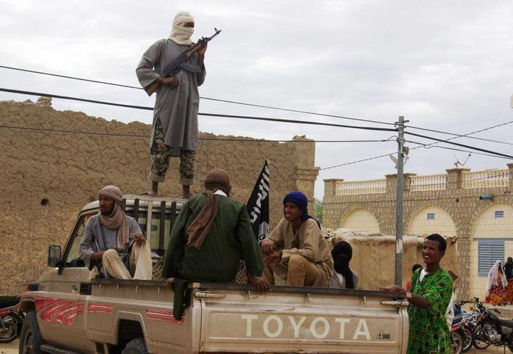 Tras la caída del régimen libio, proliferan las armas en manos de rebeldes. (Archivo/Agencias)
