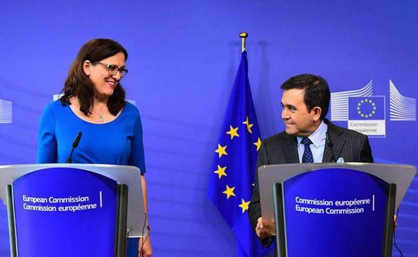 México y la UE tienen un TLC que data del 2000 y que empezaron a actualizar el año pasado. (Archivo/AFP)