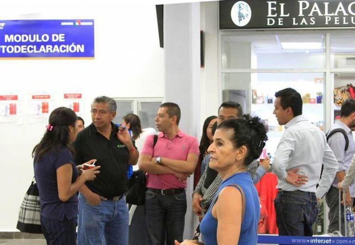 Empresarios del sur de Quintana Roo se organizan para solicitar al Ejecutivo Federal que el sur del estado sea zona económica. (Ángel Castilla/SIPSE)