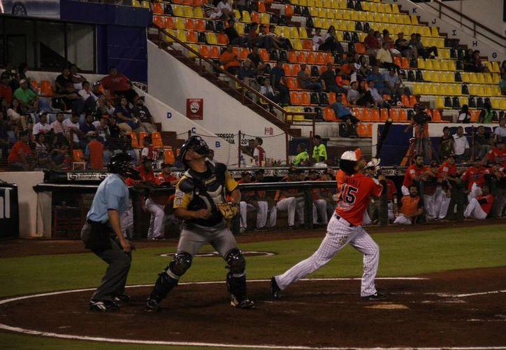 Los Tigres buscarán asegurar la serie esta noche en Cancún. (Consuelo Javier/SIPSE)