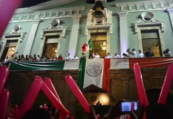Autoridades del Estado afinan los últimos detalles para la celebración de las fiestas patrias. (Foto: Archivo/SIPSE)