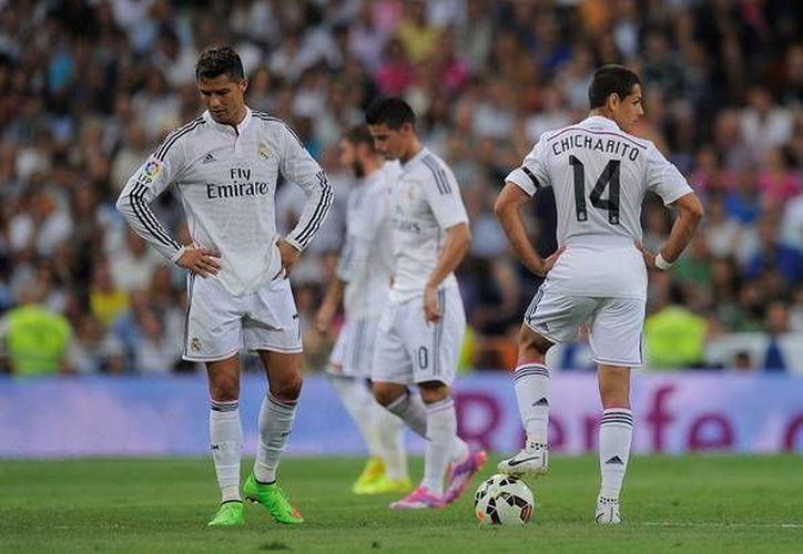 Según el Orlando City, no hay ningún interés en fichar al mexicano Javier Hernández, Chicharito (d), delantero de Real Madrid. (zimbio.com)