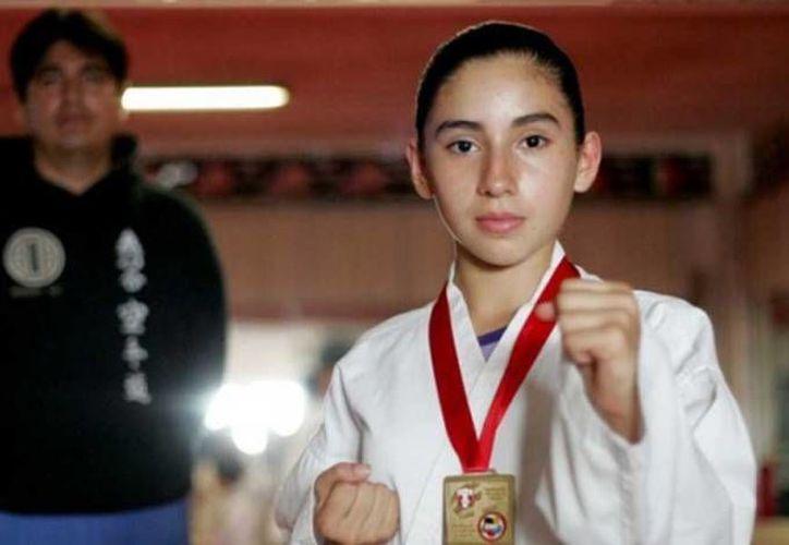 Johana Moran fue una de las karatecas medallas que ganaron algunas de las cinco medallas de la delegación en el campeonato panamericano en El Salvador. (ntrzacatecas.com)