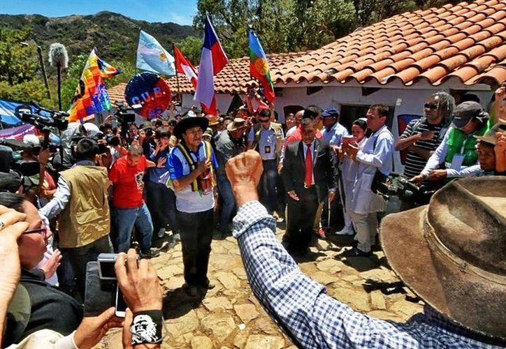 Evo Morales encabezó un homenaje recordando al 'Che Guevara'. (Foto: El mundo)