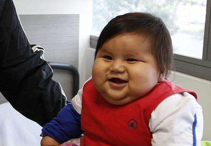 Santiago Mendoza Figueroa debería pesar entre cinco y siete kilos. (Agencias)