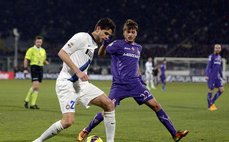 Gio Simeone privó a Mauro Icardi del festejo en el Calcio