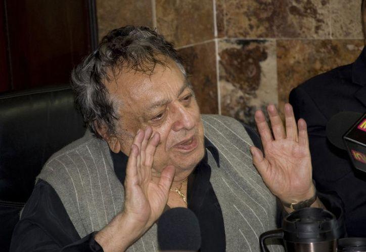 José Sulaimán recibió a los pugilistas en reunión de los martes en la Zona Rosa. (Archivo Notimex)