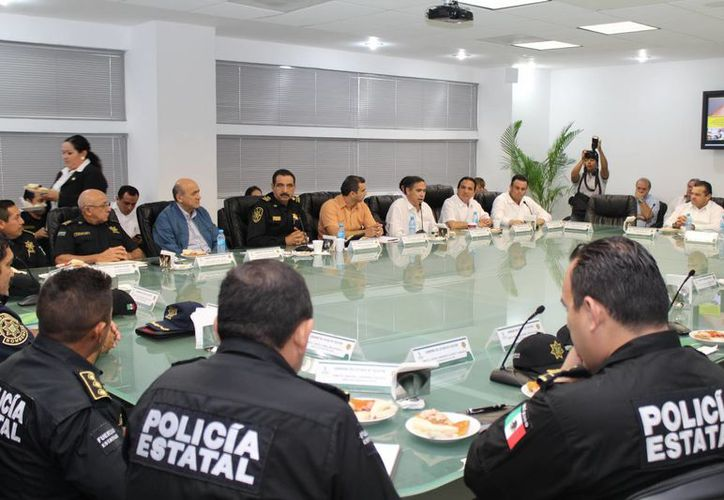 Altos mandos de la SSP se reunieron con empresarios yucatecos. (Milenio Novedades)