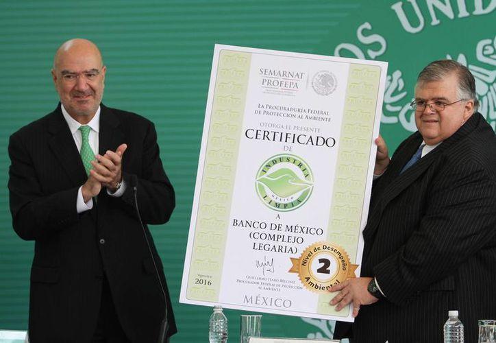 Profepa destacó el cumplimiento voluntario de la legislación ambiental por parte del Banco de México. (Notimex)