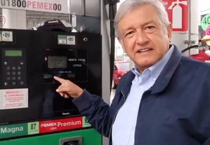 López Obrador dijo en un video publicado en sus redes sociales que el gobierno vuelve a engañar a la gente. (Captura de video/facebook.com/lopezobrador.org.mx)