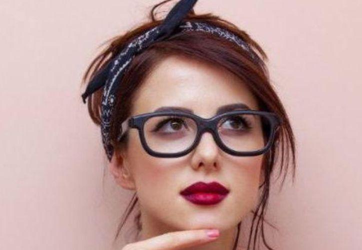 El estereotipo de la persona inteligente que usa anteojos al parecer está basado en la realidad. (Foto: Contexto)