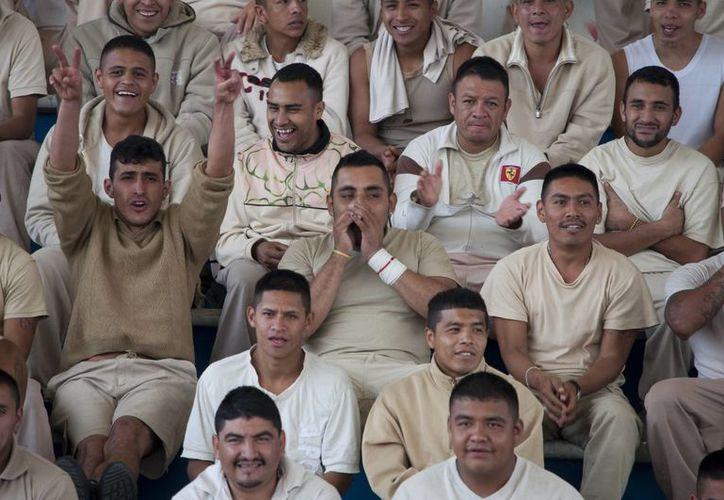El ambiente de las prisiones mezcla hacinamiento y complicidad con las autoridades penitenciarias, indica la CNDH. (Imagen de contexto/Notimex)