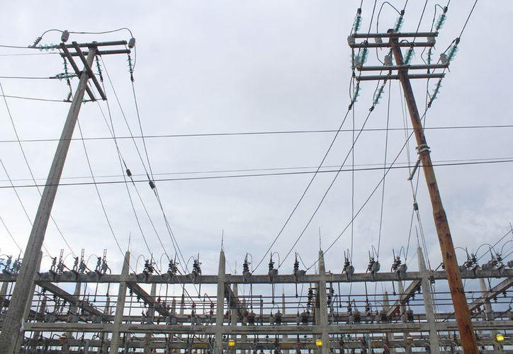 El pasado viernes la CFE reportó un problema en la energía eléctrica a nivel peninsular. (Ivett Y Coss)