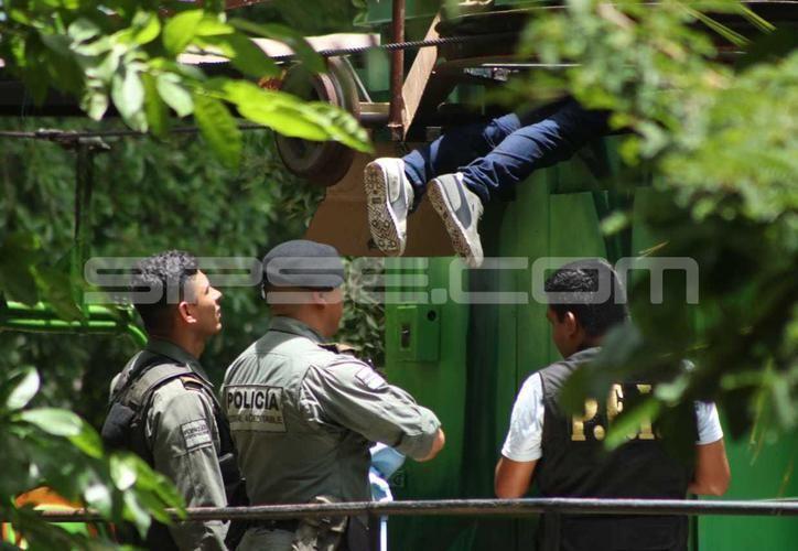 Trabajador de 35 años de edad perdió la vida al quedar prensado en los engranes del teleférico de 'El Centenario'. (SIPSE)