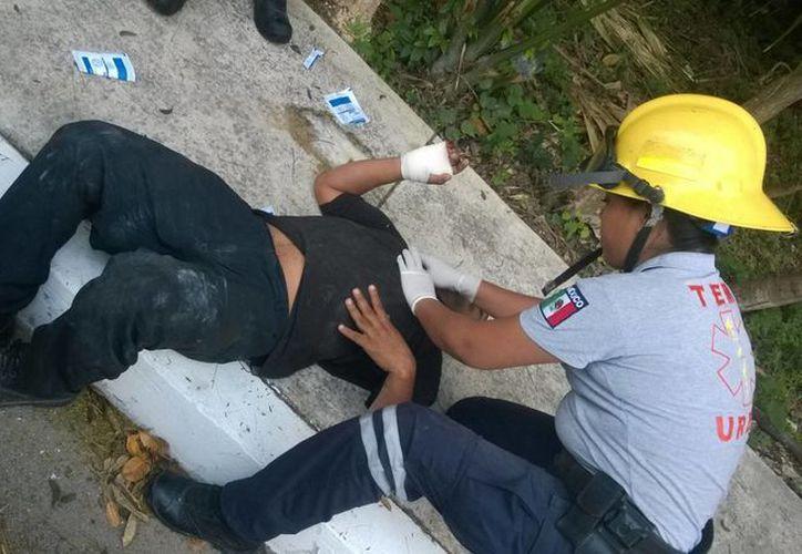 El lesionado presentaba una herida en la mano de aproximadamente cuatro centímetros. (Redacción/SIPSE)