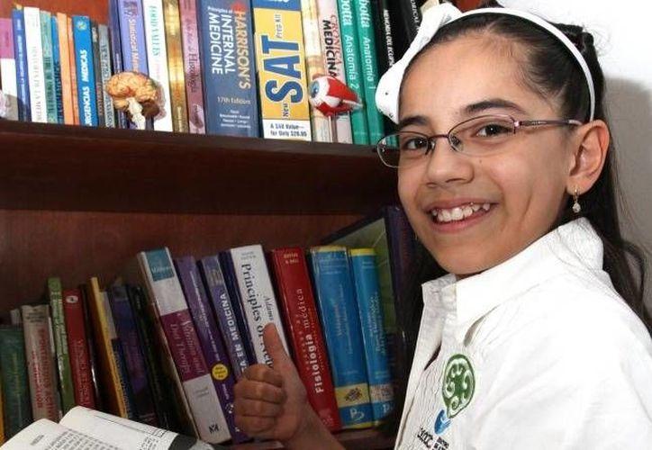 'Quiero estudiar más y más carreras', asegura Dafne Almazán Anaya. (elsiglodetorreon.com.mx)