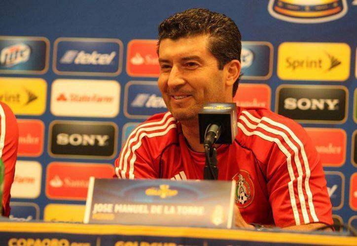 Con toda tranquilidad, De la Torre dijo estar respaldado por los dirigentes del futbol mexicano. (Notimex)