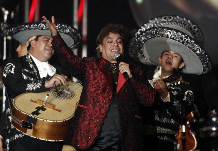 Juan Gabriel escribió más de mil canciones durante toda su trayectoria en la música regional mexicana. (Matt Sayles/AP)