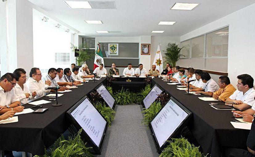 La reunión se llevó al cabo en la sala de juntas del Centro Integral de Seguridad Pública (CISP) de Valladolid. (Cortesía)