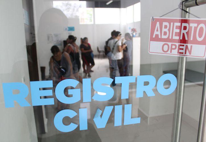 El programa nacional para imprimir las actas de nacimiento en línea inició en enero. (Foto: Daniel Pacheco)