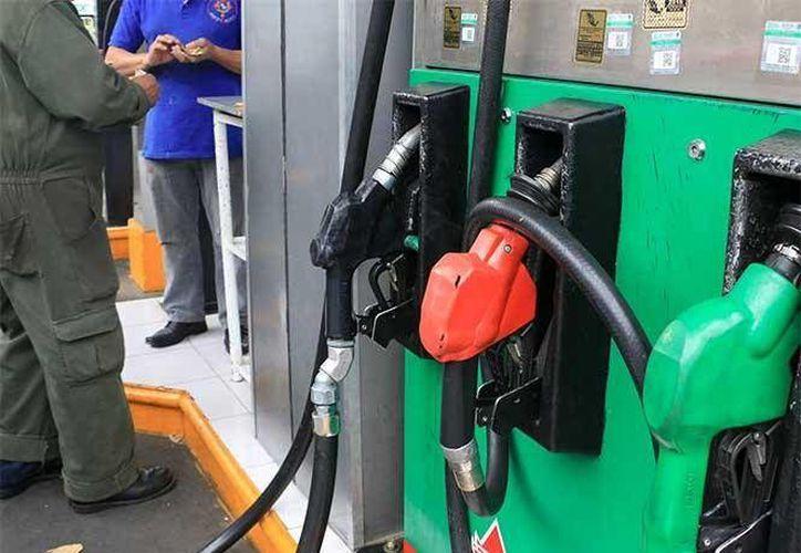 La Secretaría de Hacienda confirmó la fecha del próximo gasolinazo en México. (Dinero en Imagen)