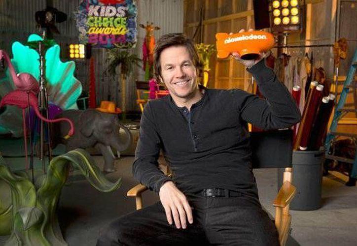 El actor estadounidense Mark Wahlberg será anfitrión de los Kids' Choice Awards US. (aceshowbiz.com)