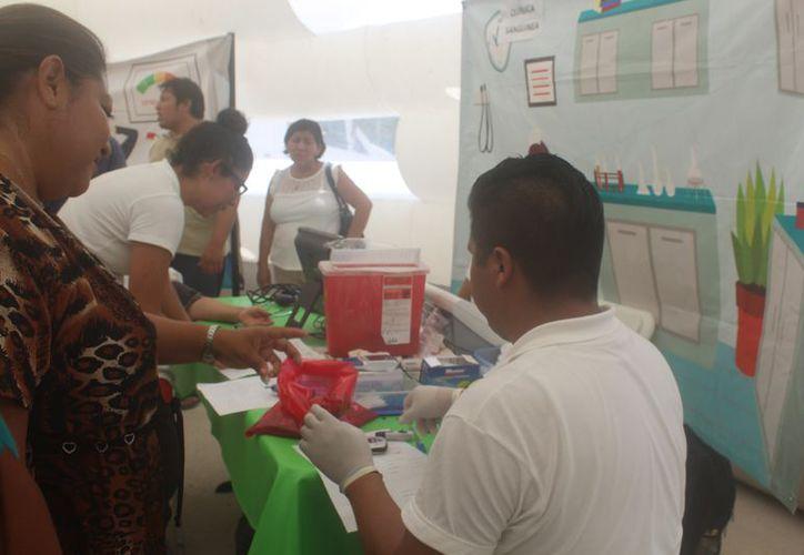 Más de 250 personas aprovecharon el programa de salud. (Sara Cauich/SIPSE)