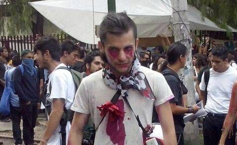 Sandino Bucio Dovalí durante una de las marchas en las que participó. (Milenio)