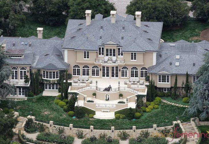 La mansión de Oprah Winfrey tiene un valor de 7.75 millones de dólares. (taringa.net)